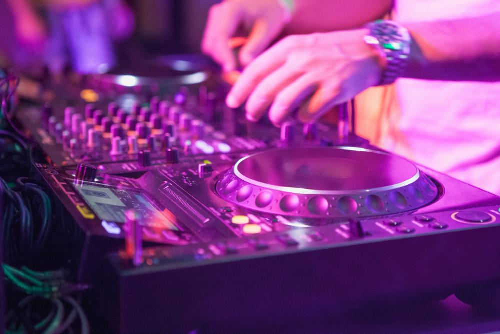 Comment choisir la meilleure console DJ ?